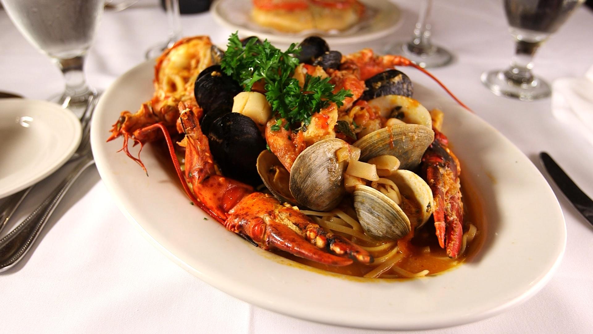lucianos-lobster-diavolo